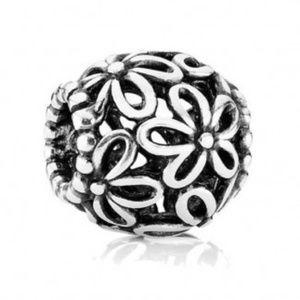 Pandora Open Daisy Flower Charm